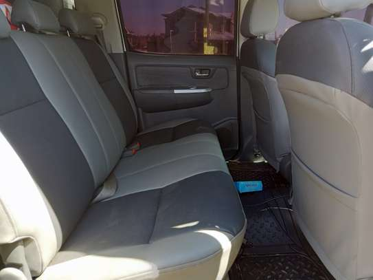 TOYOTA HILUX 4/4 DOUBLE CAB 2012 image 7