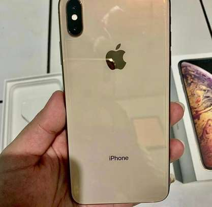 Iphone xs max *Gold* image 3