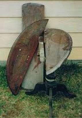 Repair and varnishing of all broken,damaged 'wooden' furniture image 1