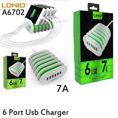 LDNIO A6702 6 USB 5V / 7.0A Quick Charge Desktop Charger image 3