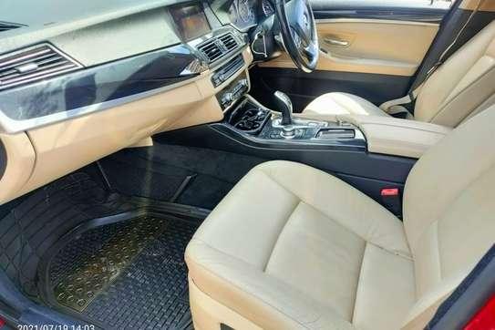 BMW 520i image 7