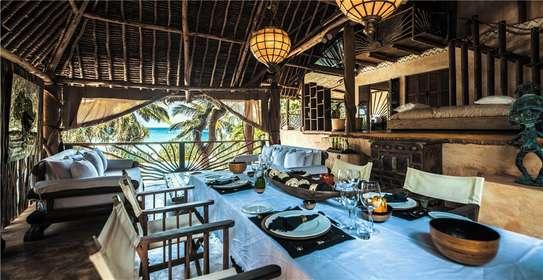 Furnished 10 bedroom villa for sale in Diani image 18