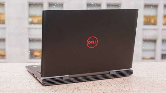 Gaming laptop Dell G5587 image 2