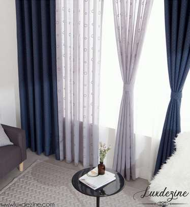 Fashionable curtains image 2