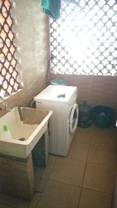 2 bedroom apartment for rent in Milimani image 9