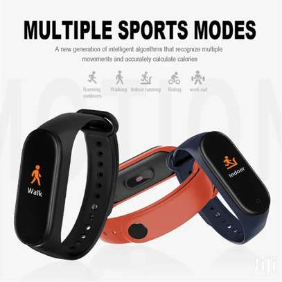 M4 Fitness Bracelet image 3