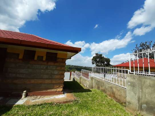 3 Bedroom Bungalow with Master Ensuite image 4