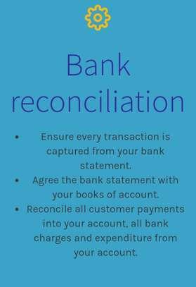 Accountant image 2