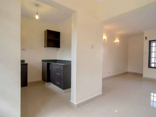 Parklands - Flat & Apartment image 4