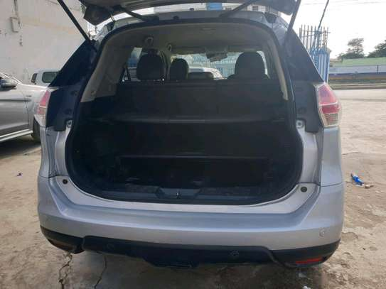 Nissan xtrail 2014 deal deal in mombasa image 6