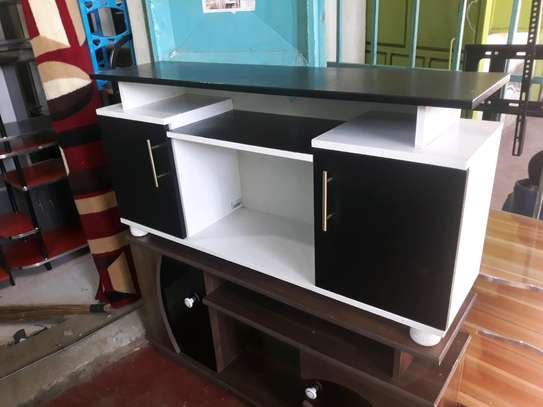 Flat top tv stand 2020y image 1
