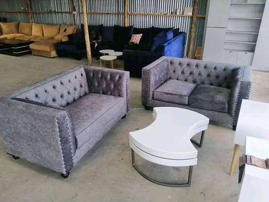 Elegant Classic 5 Seater Tuxedo Chesterfield Sofa image 1