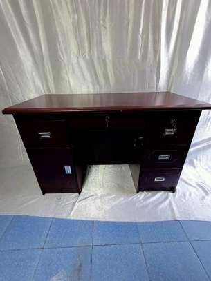 1.2m straight office desk image 1