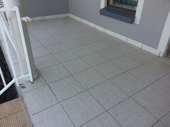 NEED PROFESSIONAL  CARPET CLEANING,TILE & GROUT CLEANING & UPHOLSTERY CLEANING? GET A FREE QUOTE TODAY. image 9