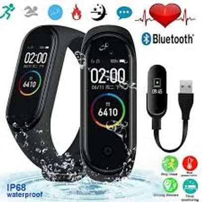 Fitness Tracker Smart Watch,IP68 Waterproof image 1