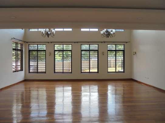 6 bedroom house for rent in Runda image 7