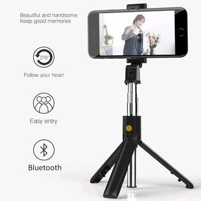 3 in 1 Wireless Bluetooth Selfie Stick for iphone/Android/Huawei Foldable Handheld Monopod Shutter Remote Extendable Mini Tripod image 3