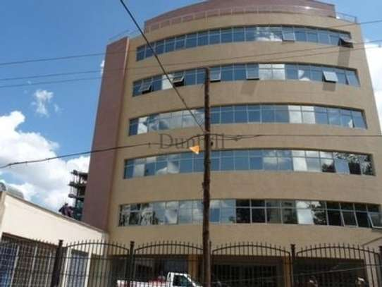 900 ft² office for rent in Westlands Area image 1