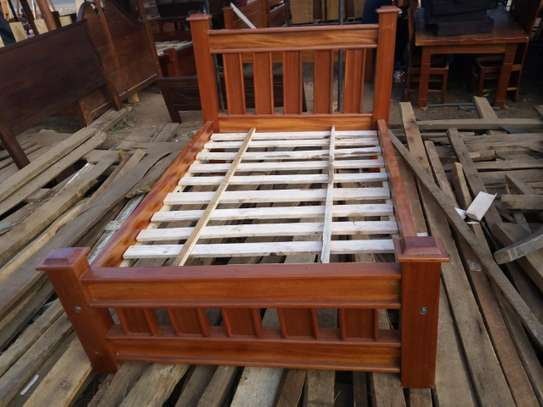 Solid Wood 4*6 Bed