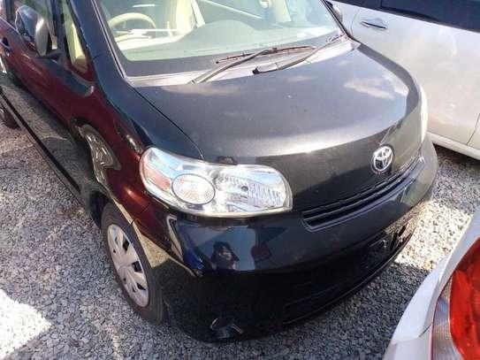 Toyota Porte image 1