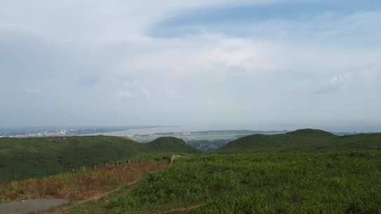 500 m² land for sale in Riat Hills image 2