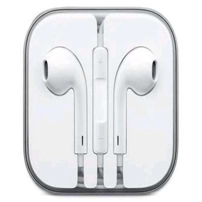 Smart earphones image 1