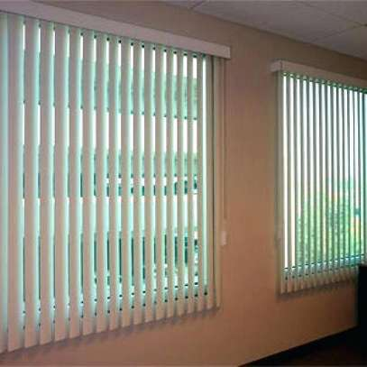 OFFICE BLINDS / CURTAINS