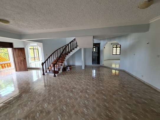 4 bedroom house for rent in Nyali Area image 15