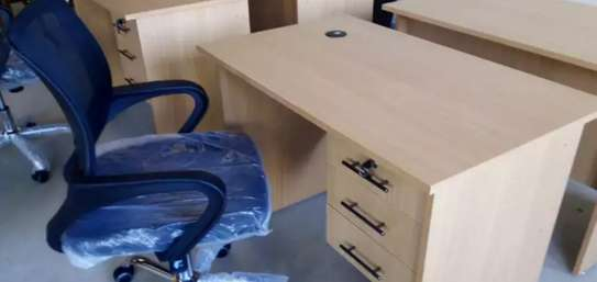 1 Meter Office Desk & Chair