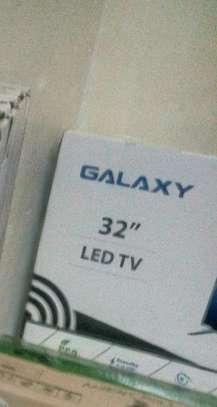 Galaxy 32 LED smart TV image 2