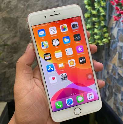Iphone 7 plus *Golden* image 1