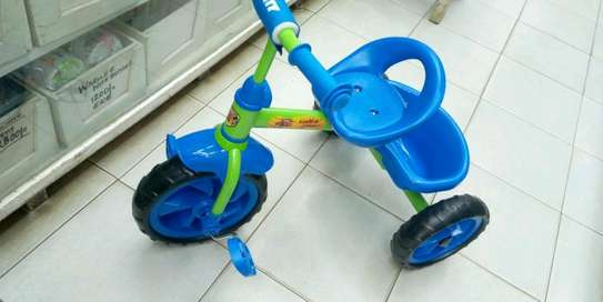 Kid's tricycles image 4