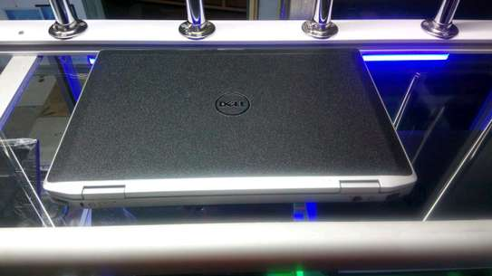 Dell laptop image 6
