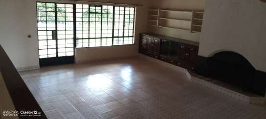 5 bedroom house for rent in Loresho image 8
