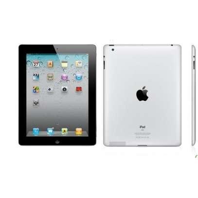 Apple iPad 2 16GB (Silver) image 3