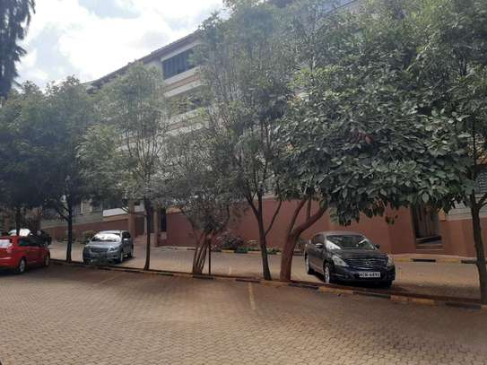 Lovely 4 Bedrooms + Dsq Apartments In Westlands image 10