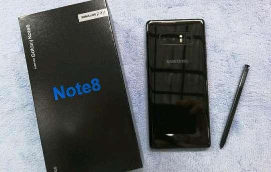 Samsung Galaxy Note 8 / 256 Gigabytes / Black And Wireless Galaxy Buds image 2