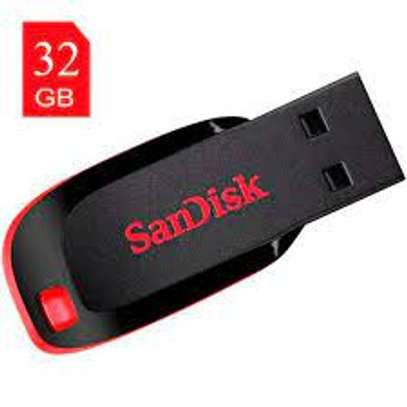 32gb sandisk flash disk available image 2
