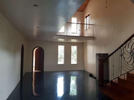 Furnished 6 bedroom house for rent in Karen image 10