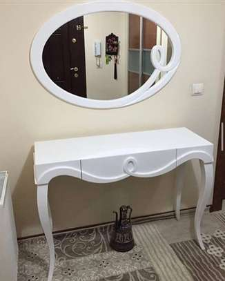 WHITE CONSOLE TABLE AND MIRROR image 1