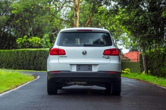 Volkswagen Tiguan image 4