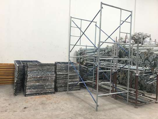 Scaffolding Medium frames for Hire on both weekly