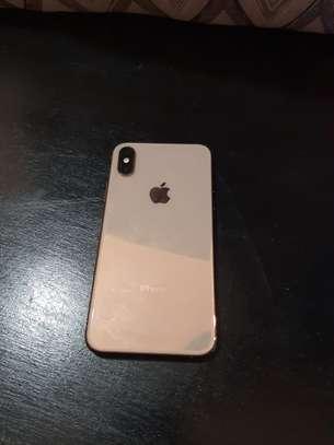 iPhone XS 64GB Gold image 1
