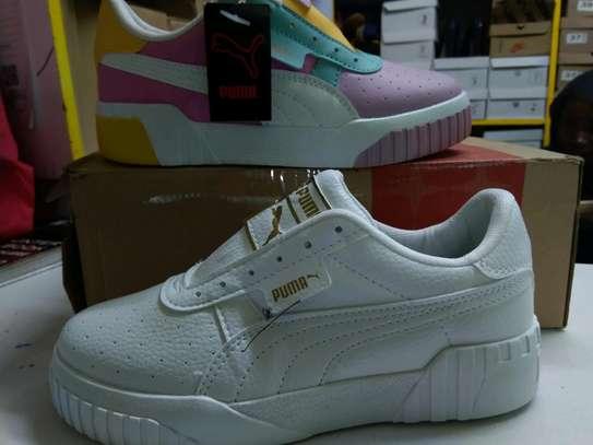 Ladies Sport Shoes image 2