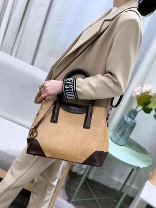 4 in 1 quality handbags image 5