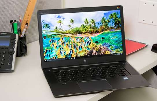 Hp zbook core i5 with radeon graphics card image 2