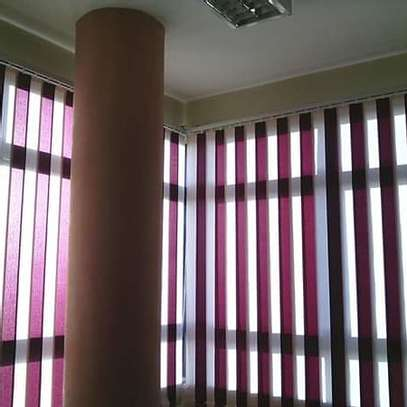 CURTAINS AND BLINDS image 6