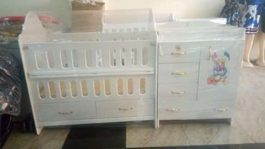 Classy Baby Crib with Chest Drawers image 3