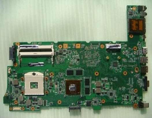 laptop  motherboard  repair image 3