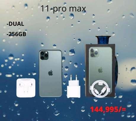 iphone 11 ProMax image 1
